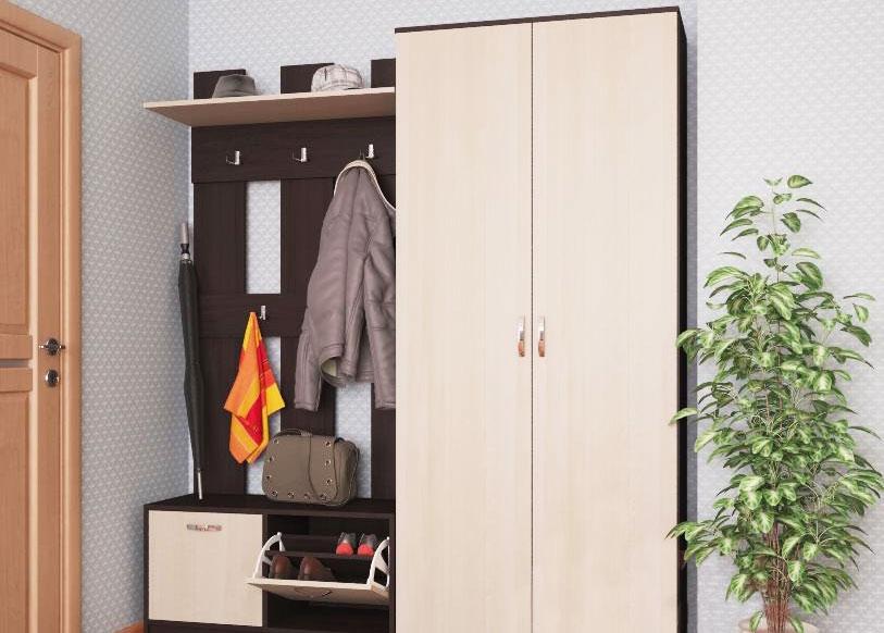 Небольшая мебель для небольшого коридора