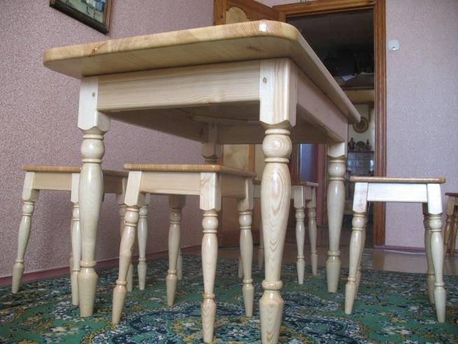 Необычные точеные деревянные мебельные ножки