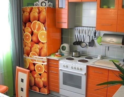 Яркая пленка для декора мебели в кухню