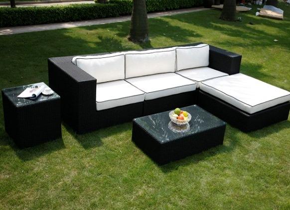 Оригинальная садовая мебель на основе ротанга