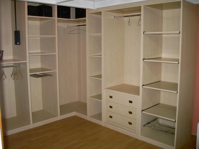Особенности уголовой гардеробной комнаты 4 кв м