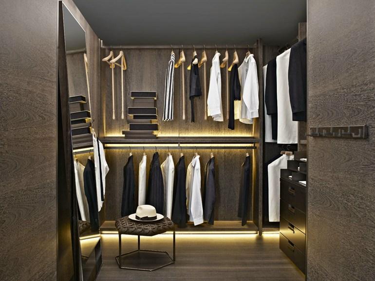 Освещение гардеробной комнаты в доме