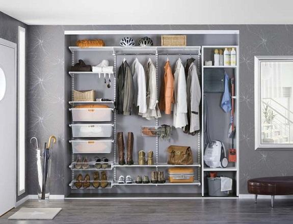 Открытая гардеробная комната