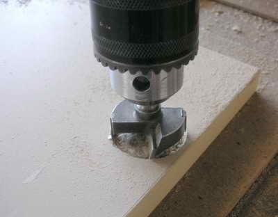 Отверстие для установки мебельных петель