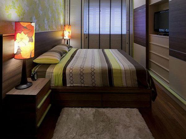 Практичное и красивое расположение мебели в спальной комнате
