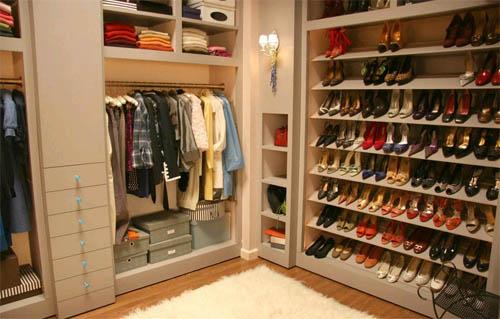 Правильно создаем гардеробное помещение