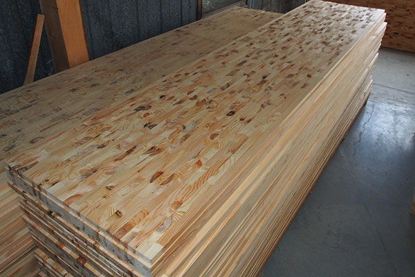 Правильно выбираем сосновый мебельный щит