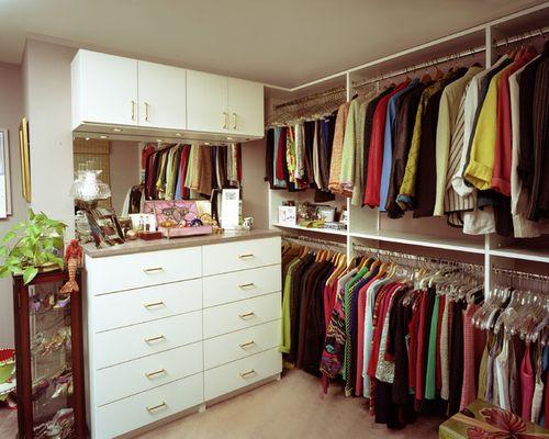 Пример наполнения гардеробной комнаты 4 кв м