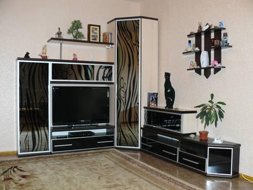 Привлекательный интерьер комнаты