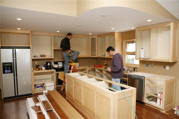 Как отремонтировать мебель