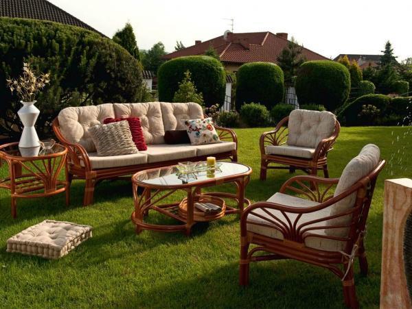 Ротанговая садовая мебель