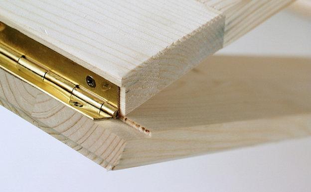 Рояльные петли для монтажа мебели