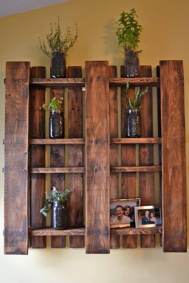 Шкафы на основе поддонов для сада
