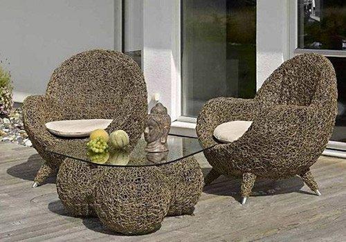 Садовая красивая мебель