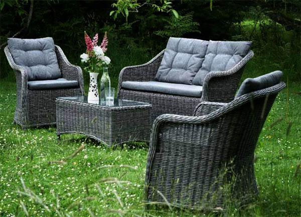 Садовая мебель из ротанга серого цвета