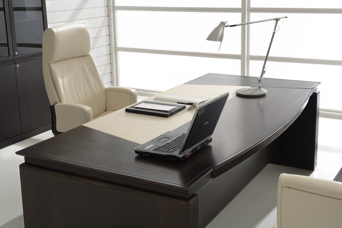 Серая мебель для руководителя