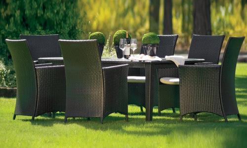 Современная и стильная садовая мебель из ротанга