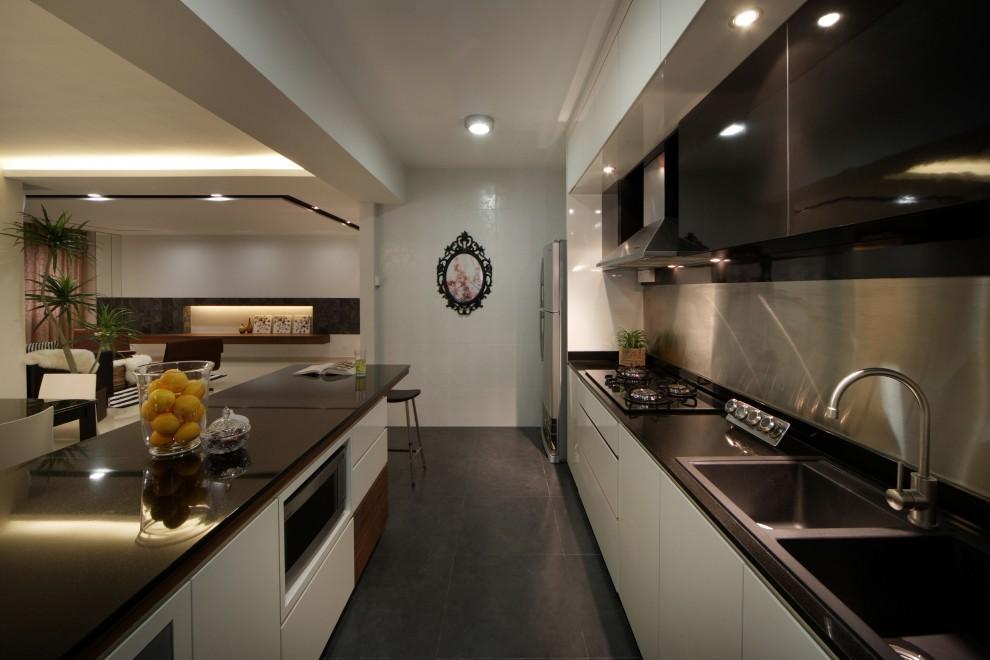 Современная мебель на кухне в две линии