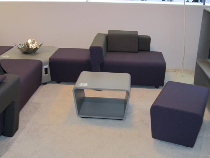 Современная мягкая мебель в офис