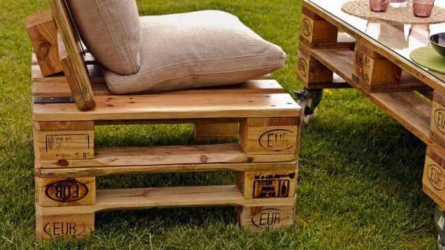 Современный вариант недорогой садовой мебели