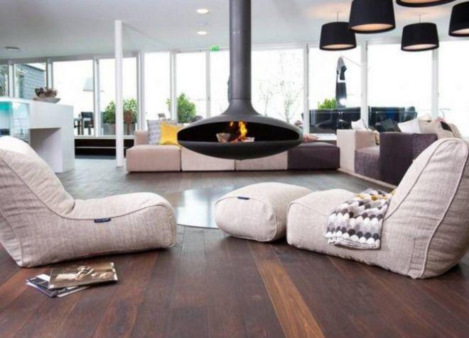 Светлая мебель для обустройства гостиной комнаты современного стиля