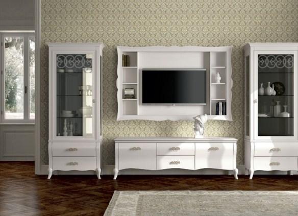 Светлая мебель для обустройства гостиной