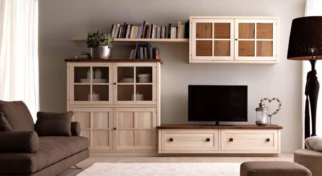 Удобная корпусная мебель для гостиной массив дерева
