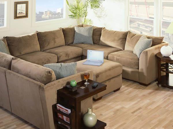 Удобная современная мягкая мебель для гостиной