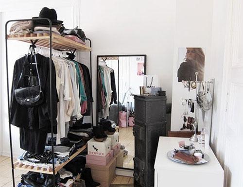 Удобное гардеробное помещение
