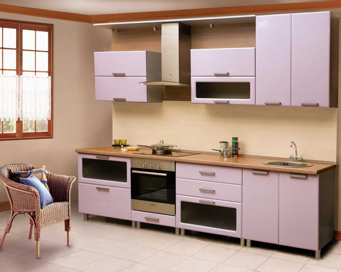 Удобный набор корпусной мебели для кухни