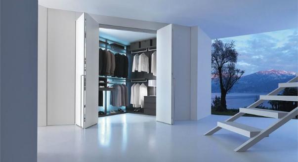 Угловая гардеробная со стильным дизайном