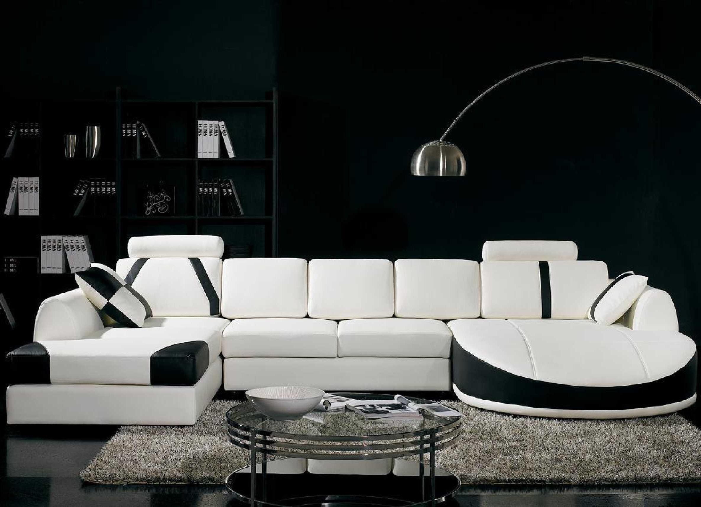 Угловая большая мягкая мебель для оформления гостиной