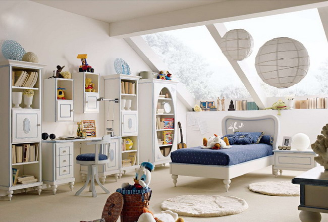 Вариант красивой итальянской детской мебели