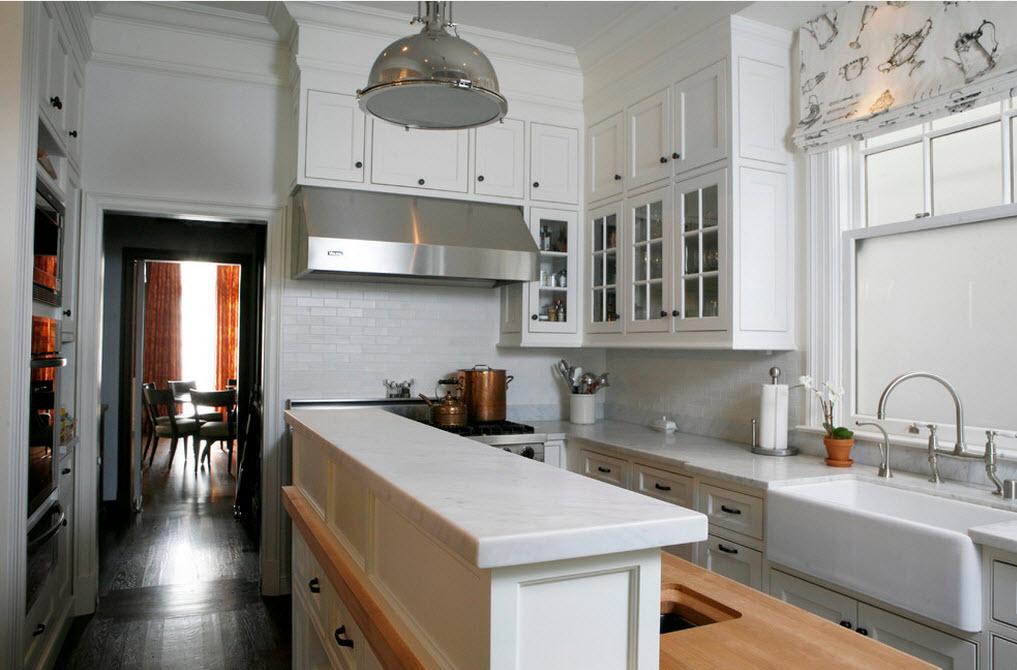 Выбираем мебель для обустройства кухни в доме