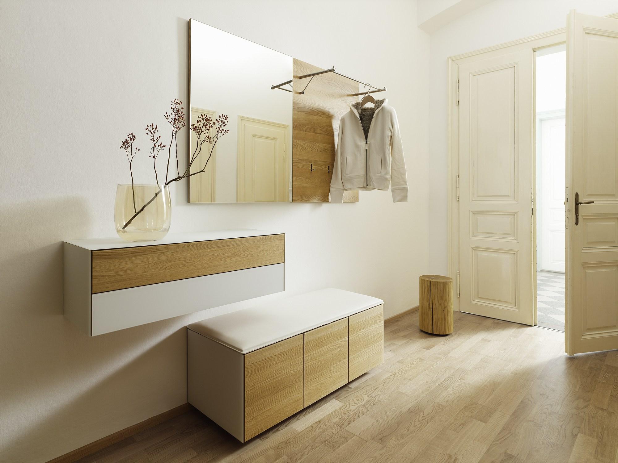 Выбираем мебель для прихожей в современной стиле