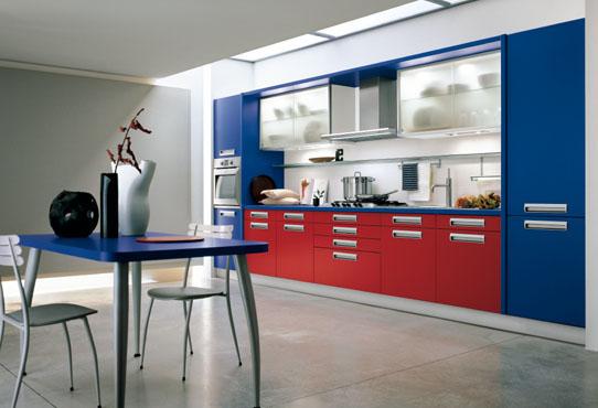 Выбираем мебель на кухне в одну линию