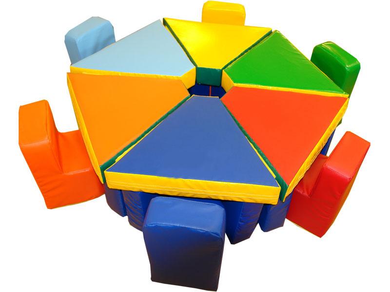Яркая детская игровая мебель
