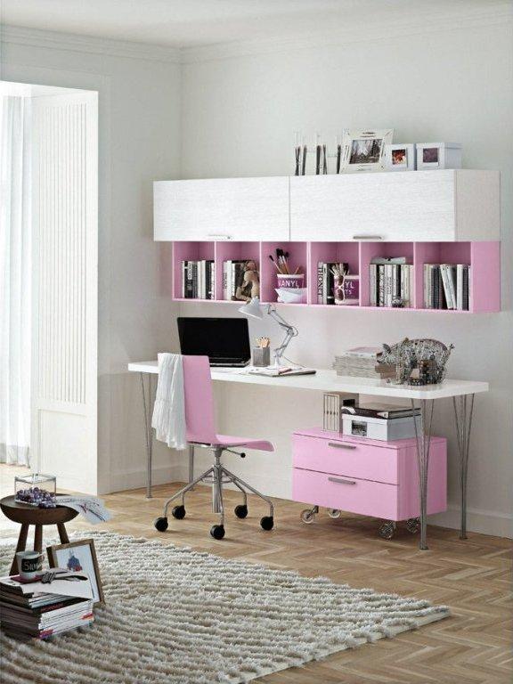 Яркая красивая мебель для дома