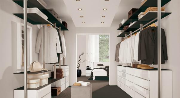 Вытянутая планировка гардеробной