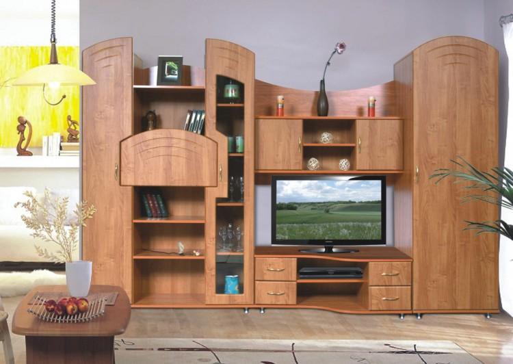 Интерьер гостиной с мебелью цвета бук