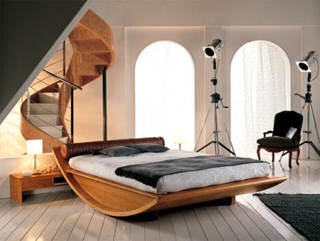 Интересная кровать