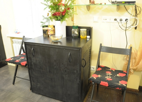 Кухонный стол тумба