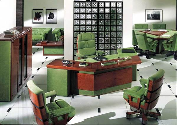Офисная мебель оригинального цвета