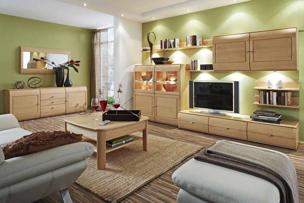 Оливковые стены в гостиную
