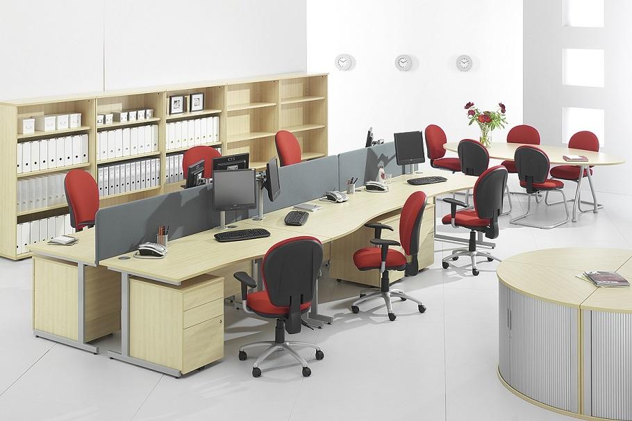 План расстановки мебели в офисе