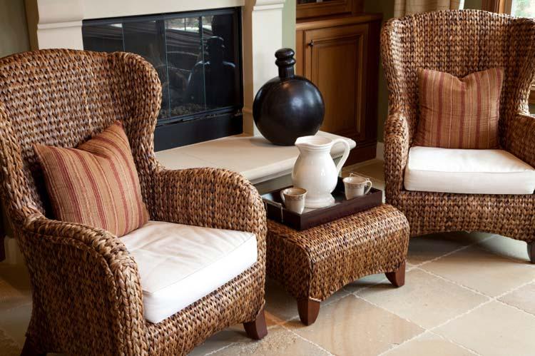 Плетеная мебель для балконов