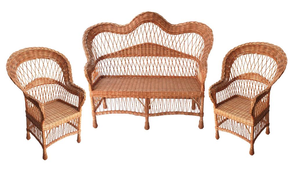Полностью плетеная мебель