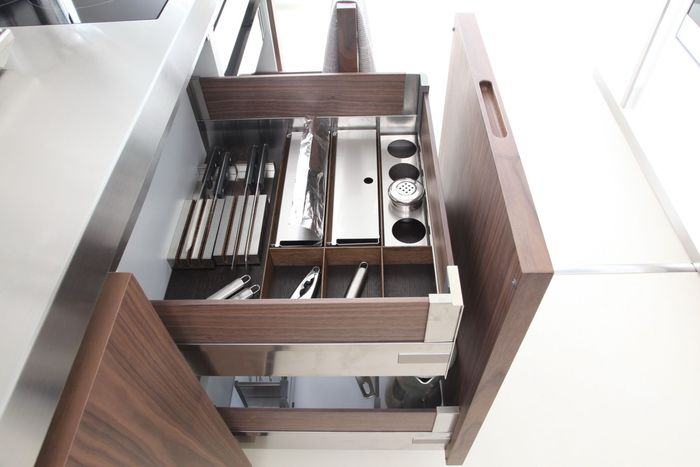 Внутреннее наполнение кухонных шкафов
