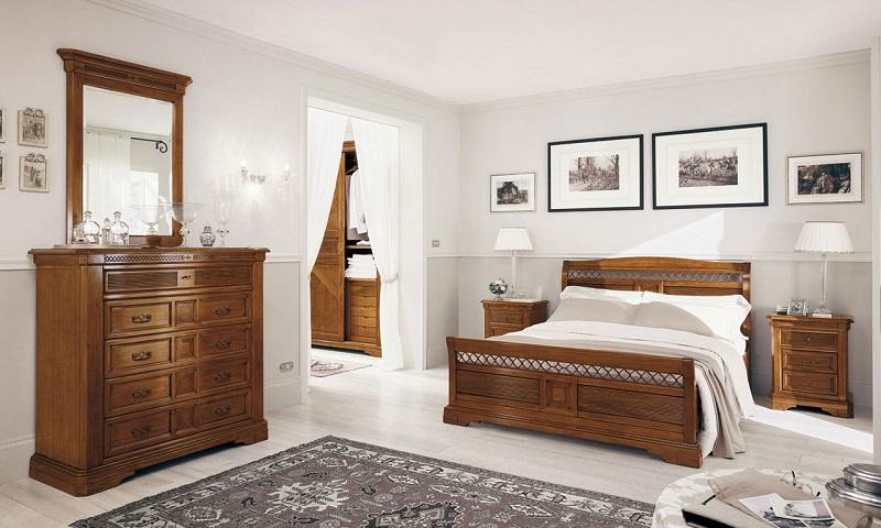 Классическая мебель для спальни из массива дерева