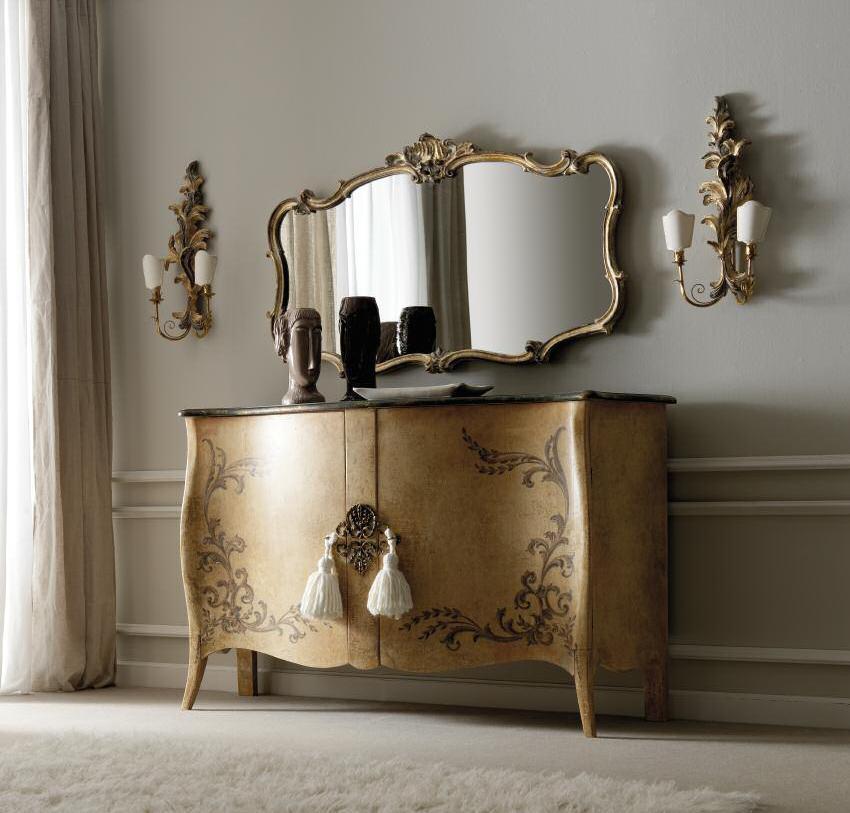 Комод с зеркалом для спальни
